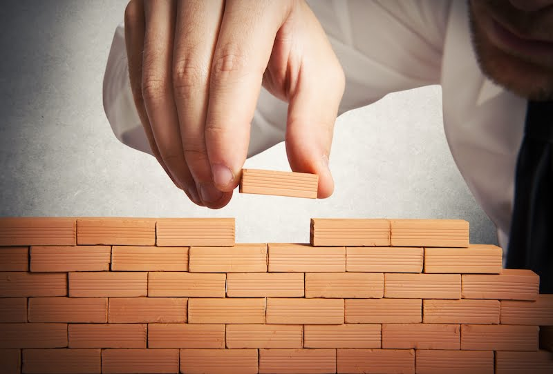 Projektien riskienhallinta rakentuu pala kerrallaan